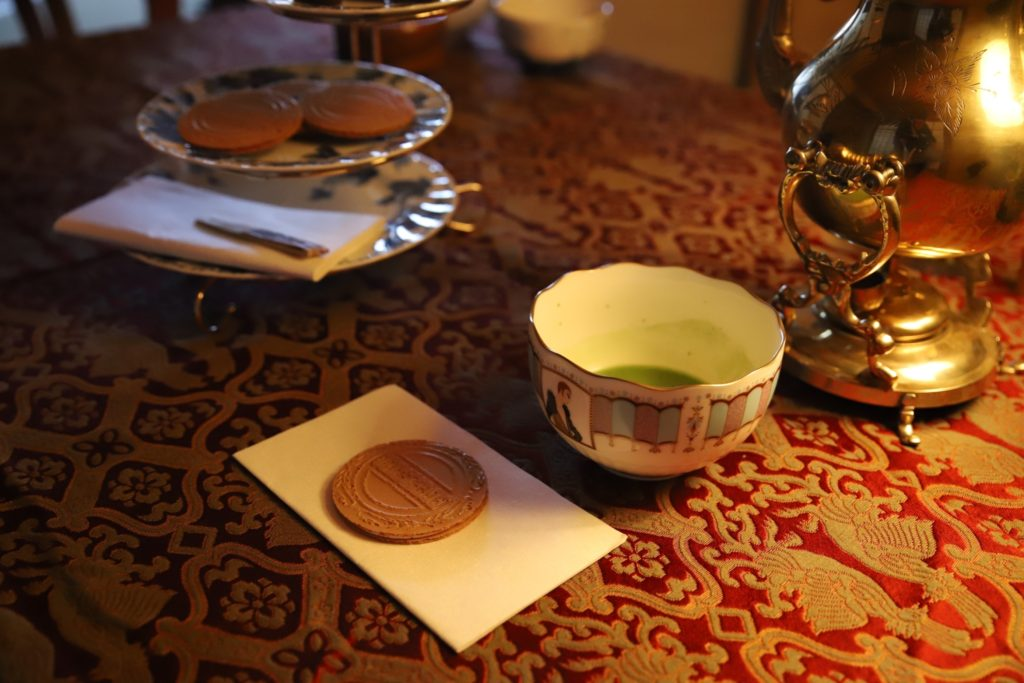 奈良 三五夜 茶道 茶の湯 茶会 珠紅茶会 nara 趣向茶会 お茶 ロマンティック 茶道具 茶道具市