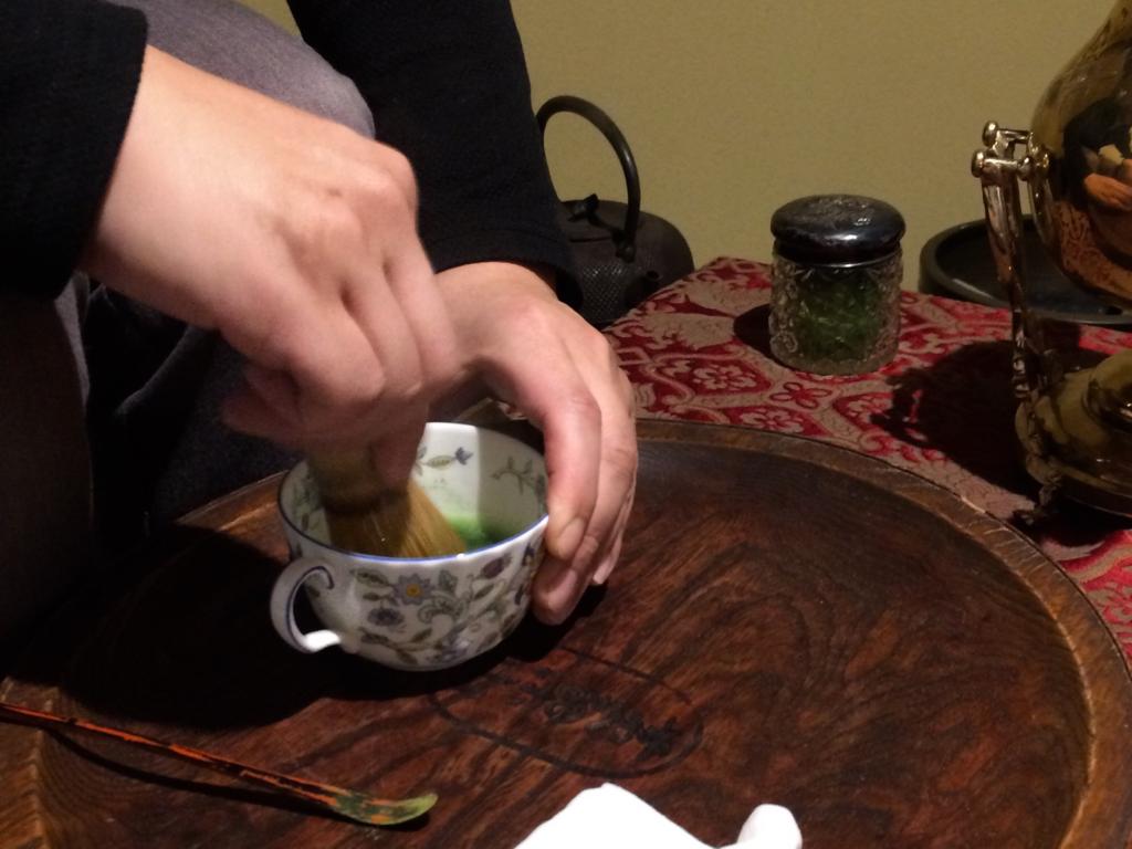 奈良 nara 隠れ家サロン 三五夜 茶道 茶の湯 お抹茶 抹茶 お茶 珠光茶会 趣向 茶道具市 茶道具 JR奈良駅 茶碗 サモワール お点前 点前 盆略