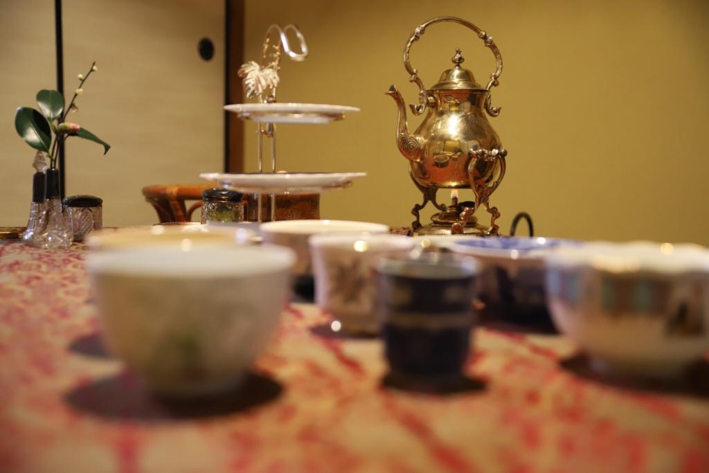 奈良 nara 隠れ家サロン 三五夜 茶道 茶の湯 お抹茶 抹茶 お茶 珠光茶会 趣向 茶道具市 茶道具 JR奈良駅 茶碗 サモワール