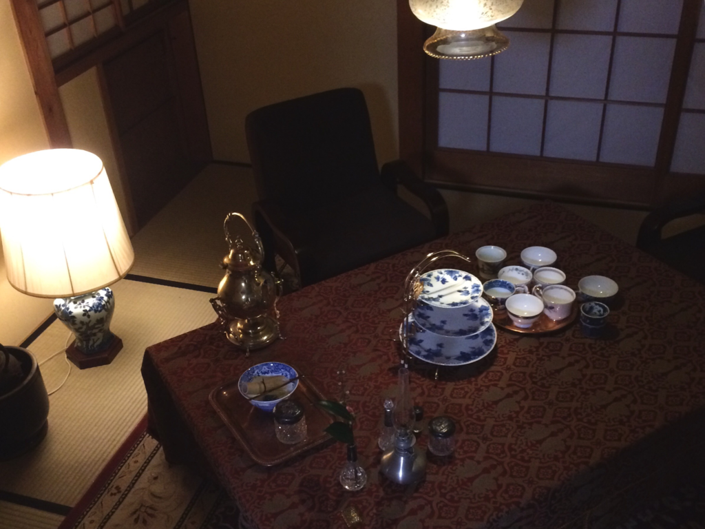 奈良 nara 隠れ家サロン 三五夜 茶道 茶の湯 お抹茶 抹茶 お茶 珠光茶会 趣向 茶道具市 茶道具 JR奈良駅 茶碗 サモワール ティーカップ